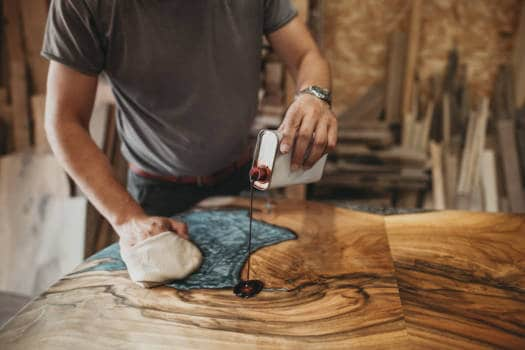 4 Great Ways To Finish A Epoxy And Wood Project Like A Pro