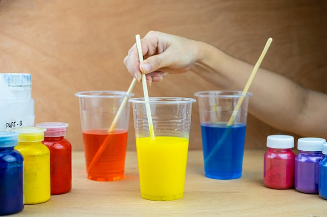 coloring epoxy resin